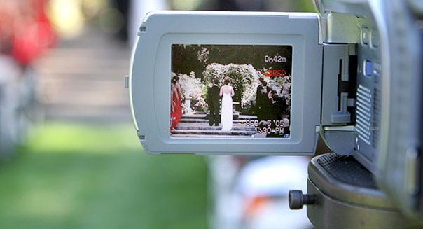 wedding-video-camera-604cs070913
