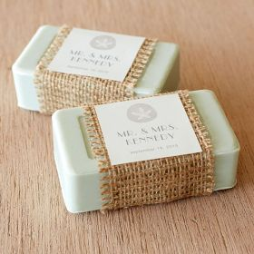 72f45641a58f5937d2b7ad981457c52e--guest-welcome-baskets-wedding-welcome-baskets