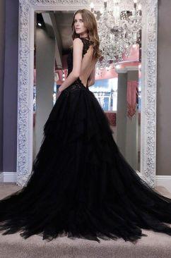 ae7fb98dd7d3a8b2e977f498bdd5b4c4--winnie-couture-wedding-dresses-black-wedding-dresses