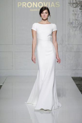11-sheath-short-sleeve-simple-wedding-dress-for-a-minimalist-bride