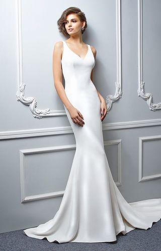 best-sleek-wedding-dress-ideas-on-pinterest-sarah-seven-sleek-wedding-dresses-s-2966123f71e4cc1b