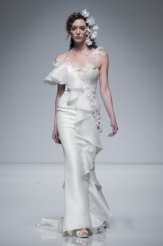 Brian-Chen-2019-Ruffled-Wedding-Dress