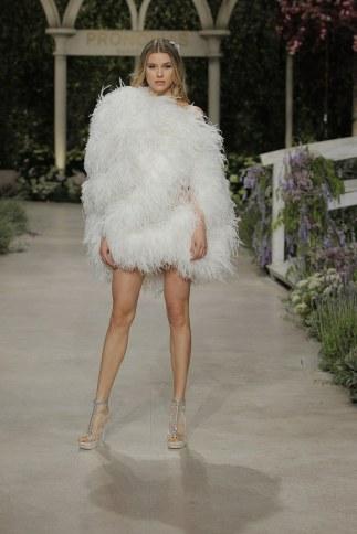 pronovias-wedding-dresses-spring-2019-007