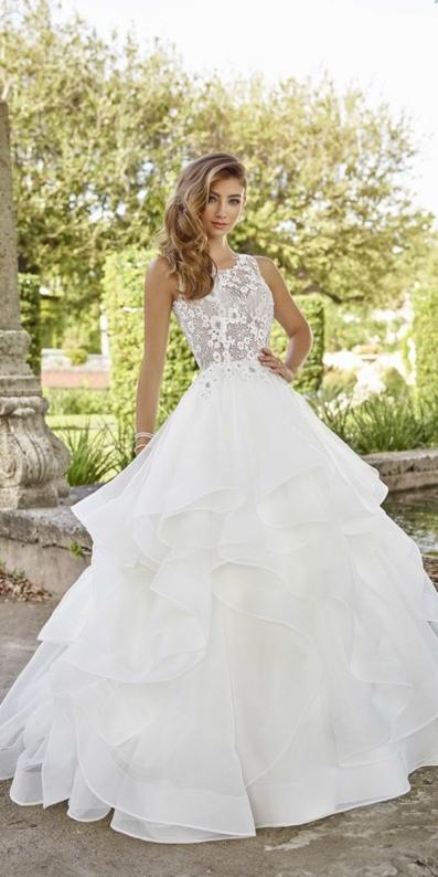 wedding-dresses-2019-ball-gow-floral-lace-top-ruffled-skirt-martin-thornburg